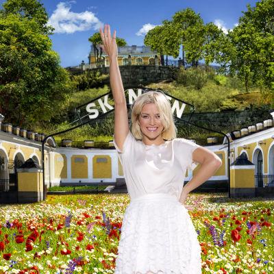 Petra Marklund, leder Allsång på Skansen 2015