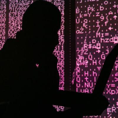 En illustration av hur en hackare kan se ut