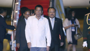 Rodrigo Duterte anländer till Asean-toppmötet