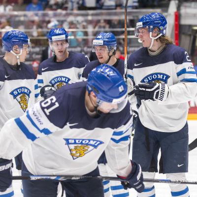 Finländska spelare tar det lugnt.