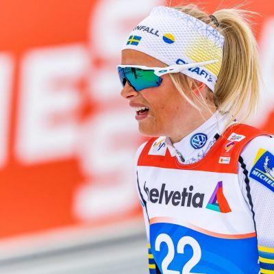 Ruotsalainen maastohiihtäjä Frida Karlsson.