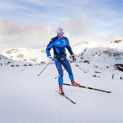 Petter Northug tränade i oktober på hög höjd i  Val Senales.