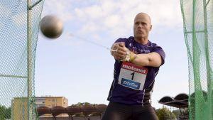 Kastar David Söderberg över 76 meter i Kuortane?