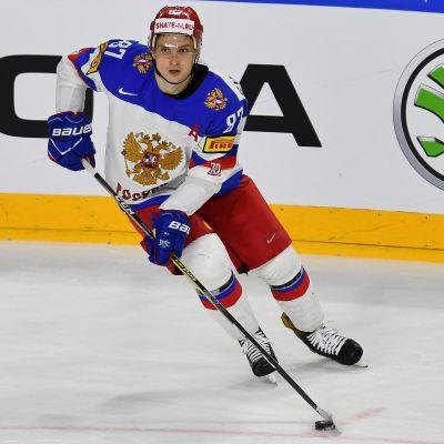 Vadim Sjipatjov med pucken