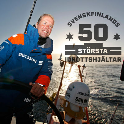 Thomas Johanson i Volvo Ocean Race 2008-2009, med logon för Svenskfinlands 50 största idrottshjältar.