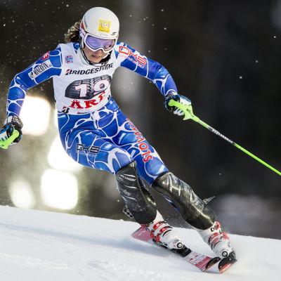 Petra Vlhova på väg mot sin första världscupseger.