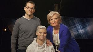 Toimittaja Anne Flinkkilän vieraina ovat nuorempi konstaapeli Heidi Foxell ja rikostutkija Tuomas Pelkonen.