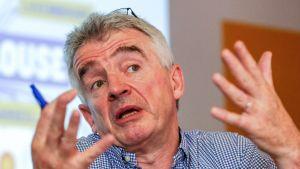 Ryanairs vd Michael O'Leary vid en presskonferens hösten 2019.