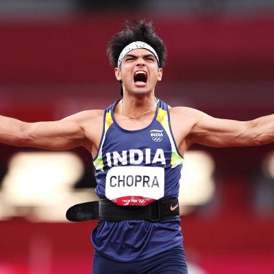 Neeraj Chopra tuulettaa huippuheiton jälkeen