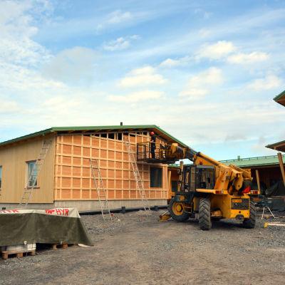 Bygget av nya serviceboendet i Malax.