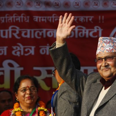 Kommunistledaren Khadga Prasad Sharma Oli, blir premiärminister för andra gången sedan år 2015