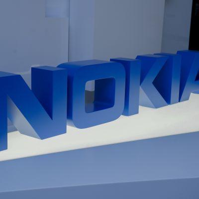 Nokias logo i blått.