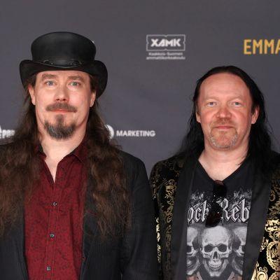 Tuomas Holopainen ja Kai Hahto Emma-gaalassa.