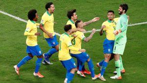 Brasilianska spelare jublar