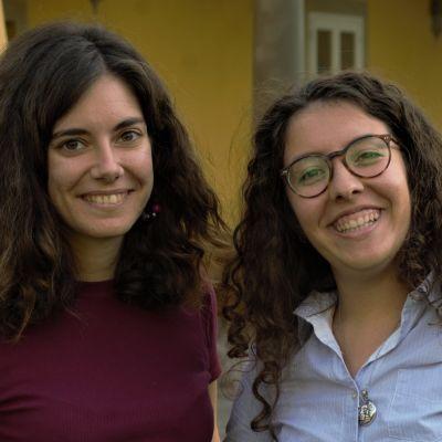 Två kvinnliga studerande vid toppskolan Sant'Anna i Pisa, Italien