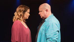 Johanna Tohni ja Riku Suokas parisuhteen keskiössä näytelmässä Mars vs. Venus