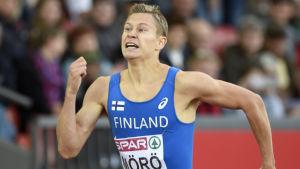 Oskari Mörö löper i EM 2014.
