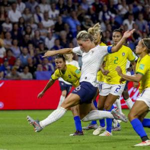 Amandine Henry gjorde segermålet för Frankrike.