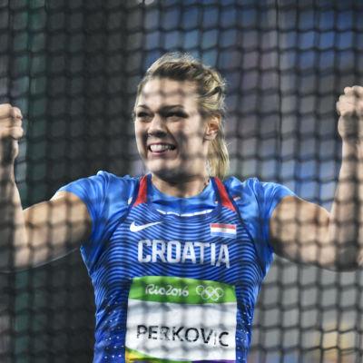 Sandra Perkovic vann damernas diskusfinal i överlägsen stil.