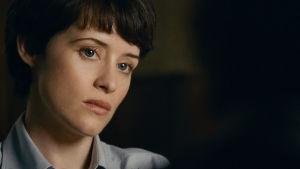 Närbild av av Claire Foy som spelar Neil Armstrongs hustru JAnet.