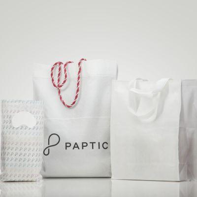 Företaget Paptics träfiberpåsar.