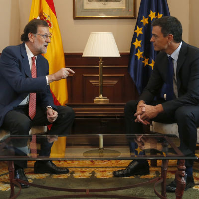 Mariano Rajoy och  Pedro Sanchez.