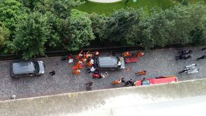 Ett fordon körde på soldater i Parisförorten Levallois-Perret den 9 augusti 2017. Sex personer skadades.