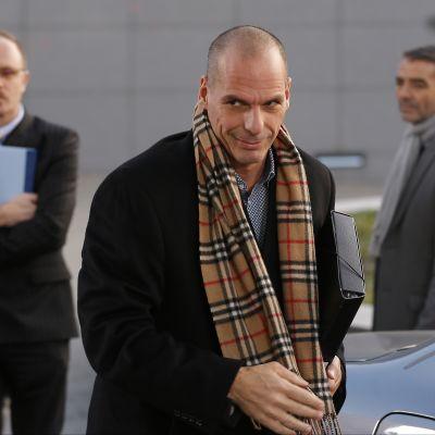 Greklands finansminister Yanis Varoufakis anländer till onsdagens möte.