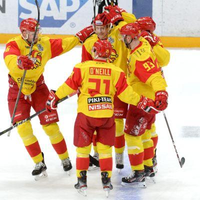 Jokerien lataus liikaa Lokomotiville - katso ottelun maalikimara