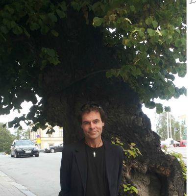 Peter Svanström, singersongwriter från Jakobstad