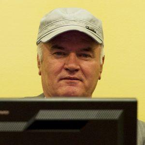 Mladić i krigsförbrytartribunalen i Haag