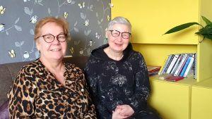 Urve Vesik och Margo Orupõld jobbar på Pärnu Naiste Tugikeskus, ett skyddshem och supportcenter för kvinnor och barn som är utsatta för våld i hemmet.