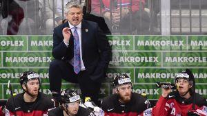 Kanadas tränare Todd McLennan njöt i stora drag av lagets 6-1-seger över Ryssland.