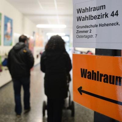 Väljare i Ludwigsburg i delstaten Baden-Wurttemberg där de gröna förutspås vinna delstatsvalet