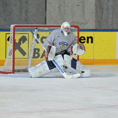 Mikko Koskinen ställs i kväll mot Kanada i gruppspelets sista match.