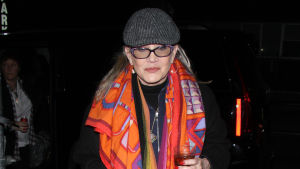 Carrie Fisher med hatt på huvudet i november 2016.