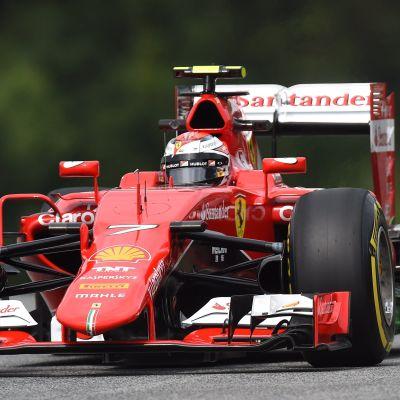Kimi Räikkönen var tredje snabbast under fredagens träning.
