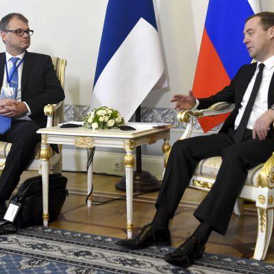 Juha Sipilä och Dmitrij Medvedev