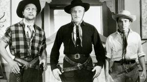 Helge Herala, Åke Lindman ja Vili Auvinen esittävät Vornan veljeksiä Villin Pohjolan kullassa (1963).