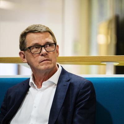 Kuvassa Ylen tiloissa on Matti Vanhanen, joka osallistui Ylen A-studioon 8. kesäkuuta 2020.