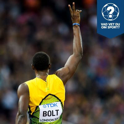 Usain Bolt visar upp två fingrar.