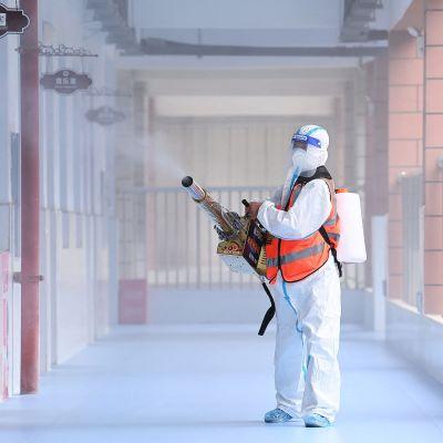 Koronaviruksen desinfiointia Kiinan Wuhanissa.