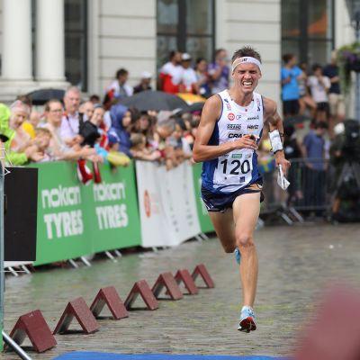 Aleksi Niemi i sprinten i VM-2018 i Lettland.