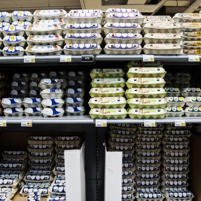 Kuvassa on kananmunia Helsingissä Triplan Prismassa heinäkuussa 2020.