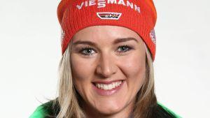 Denise Herrmann.