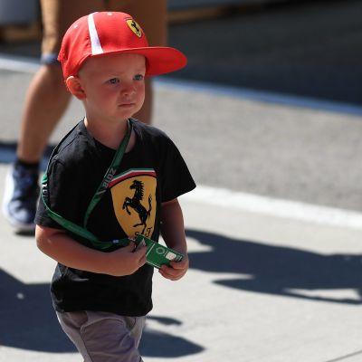 Robin Räikkönen går i depåområdet