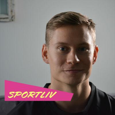 Oskari Mörö med Sportliv-logo.