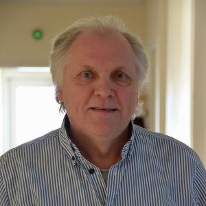 Porträtt på Tore Lund.