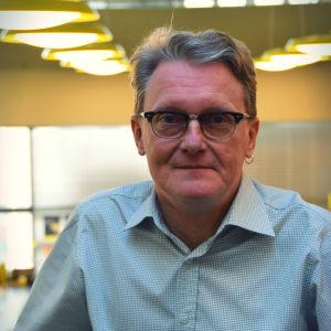 Frank Johansson, verksamhetsledare för Amnesty i Finland