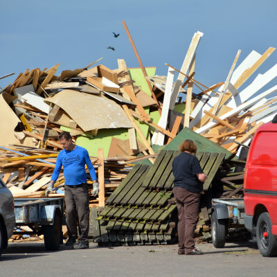 Träavfall vid Domargårds avfallsstation